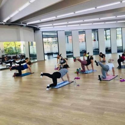 Clasa aerobic Wellness Club